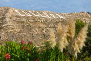 Montaña de Cullera y sus letras